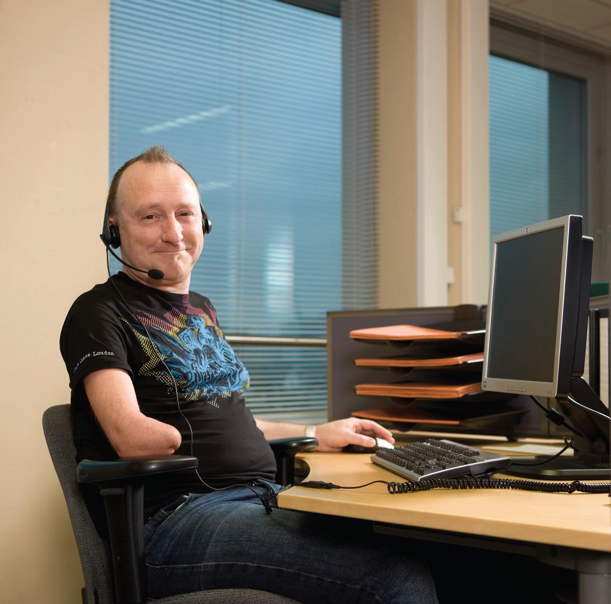 Foto Willem, collega met een handicap