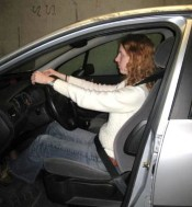 Foto juiste afstand tot stuur: licht gebogen arm, polsen rusten op stuur