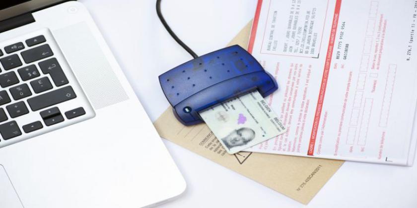 Identiteitskaartlezer op belastingformulier