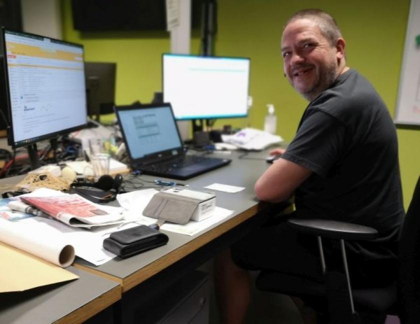 Helpdeskmedewerker Jan Van der Schueren van de VMM