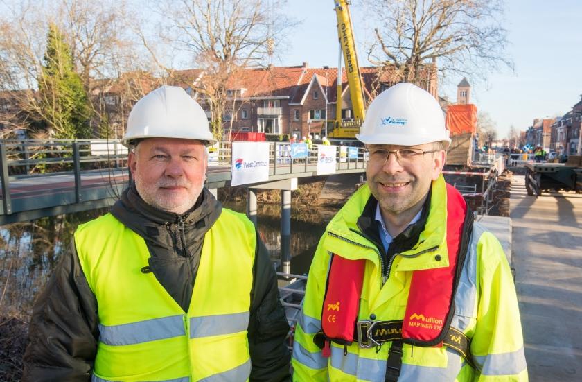 Rob Somers (links) van het Departement Mobiliteit en Openbare Werken en Laszlo Lengyel van De Vlaamse Waterweg nv. (Foto: ID/Lieven Van Assche)