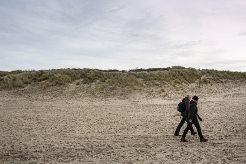 Sfeerbeeld op het strand (Foto: ID)