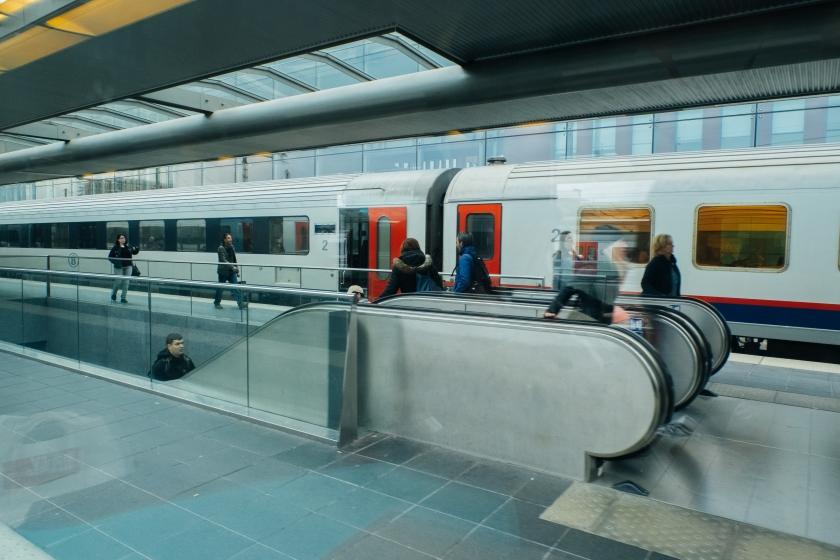 Pendelaars in station