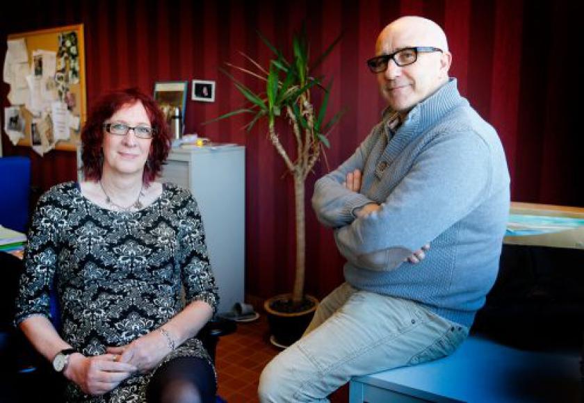 Solange en collega Koen aan bureau